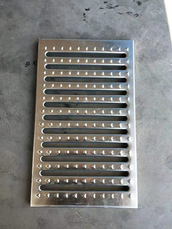 中山不銹鋼蓋板食堂-中山不銹鋼廚房蓋板免費發樣